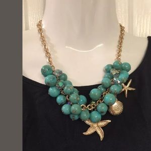 Jewelry - Turquoise bead charm necklace